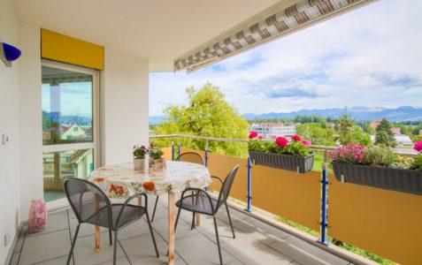 4.5-Zimmer-Wohnung mit fantastischer Fernsicht in Wolfhausen
