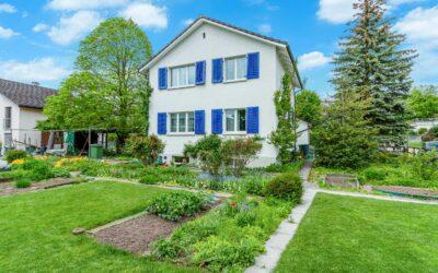4.5-Zimmer Einfamilienhaus mit wunderschönem Garten in Jona