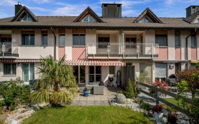 5.5-Zimmer-Einfamilienhaus mit freier Panoramasicht vom Zürichsee bis ins Glarnerland in Uetliburg
