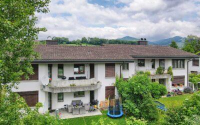 4.5-Zimmer Dachwohnung in ruhigem Wohnquartier in Uznach
